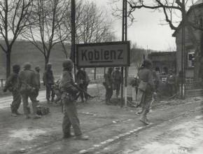 """Vortrag:  """"Ganz Koblenz ist ein Trümmerfeld."""" Dokumente der Nachkriegszeit in Wort und Bild"""