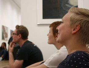 (Deutsch) Poetry Slam Show mit Künstlergespräch